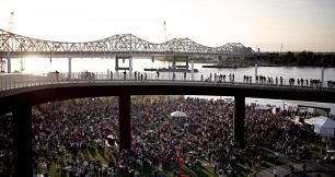 http://www.parkerandklein.com/wp-content/uploads/2014/07/waterfront-1.jpg
